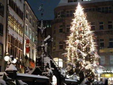 Fuehrungen-zu-Koelner-Krippen-und-Weihnachtsbraeuc.jpg